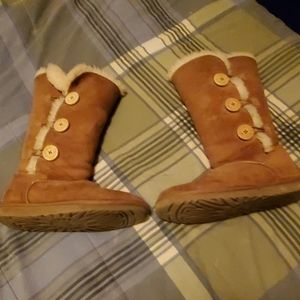 Ugg boots 8
